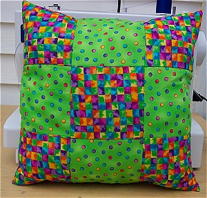How to make a 9 patch pillow that's easy to sew.