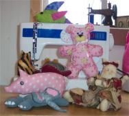 Information and DIY tutorials on sewing stuffed animals.