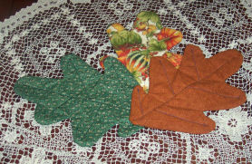 Stitch up some Autumn quilted leaves, free pattern.