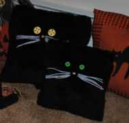 How to Make a Cute Halloween Black Fur Cat Pillow from just two pieces of square fabric.