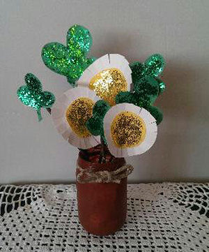 You're in Luck if your Child Makes you this Pretty Glitter Clover & Flower St. Patrick's Day Center Piece