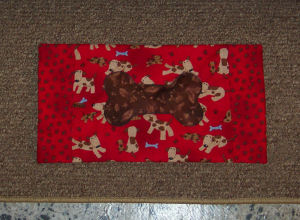 Handmade pet project: How to sew a placemat for your dog or puppy.