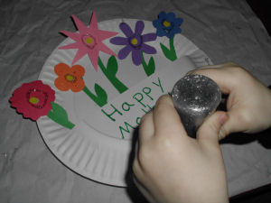 a kids craft project for Mother\u0027s day How to Make Paper Flowers Basket Craft for & a kids craft project for Mother\u0027s day How to Make Paper Flowers ...