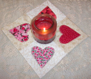 How to Make a County Heart Appliqu� Quilted Candle Mat