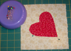 How to sew a country heart candle mat.