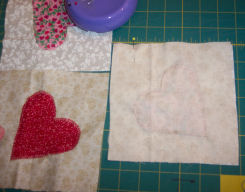 Country hearts candle mat to sew.