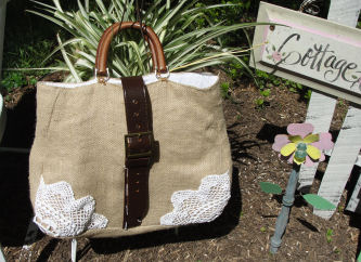 Jessica Makes This Large Summer Purse Using Things Found Around The Home