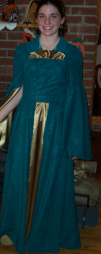 "Twelve year old Kate made this costume inspired by the movie, ""Lord of the Rings."""
