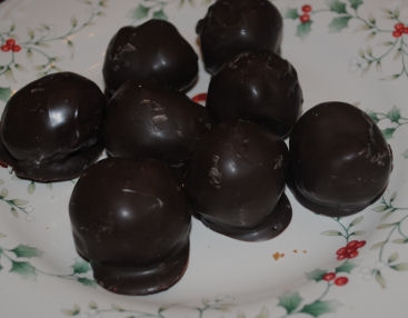 Delicious chocolate covered oreo balls recipe that is so easy to make.