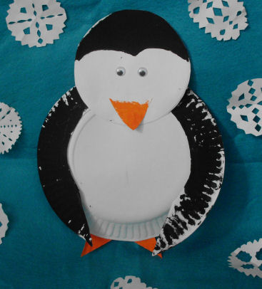 Heres A Fun Winter Craft Project To Do With The Kids Paper Plate Penguin