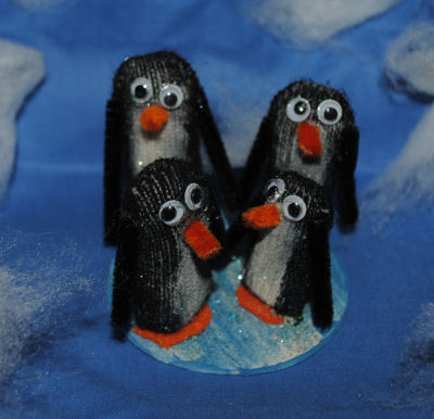 All you need is some basic arts and crafts supplies and one winter glove to make this adorable penguin family.