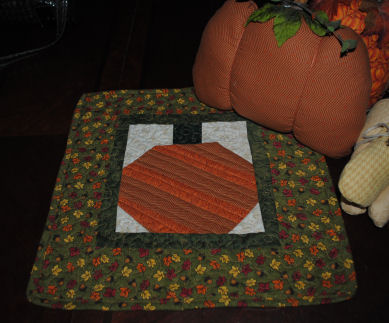 Free Fall Sewing Pattern How To Make A Patch Work Pumpkin Table Top