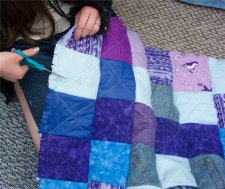 Cut lots and lots of slits to make your quilt rag more.