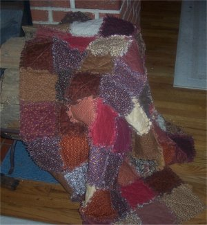 This Crazy, Blessed Life: {Housewife in Town} Denim Rag Quilt
