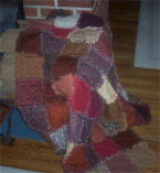 How to sew a raggedy quilt, also known as a rag quilt or ragged quilt, easy to sew rag quilt pattern.