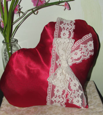 How To Make Red Satin Heart Pillow With Lace Free Sewing