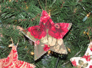 This handmade country star Christmas tree ornament was made by using pinking shears. Notice the decorative zig-zag finished edge.