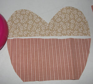 Vintage heart with lace Valentine's day project to sew.