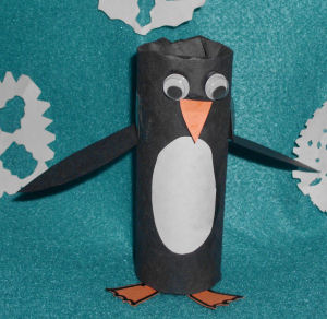 A fun winter arts and craft project for the kids, a toilet paper roll penguin craft.